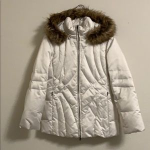 Puffer White Petite coat removable hood